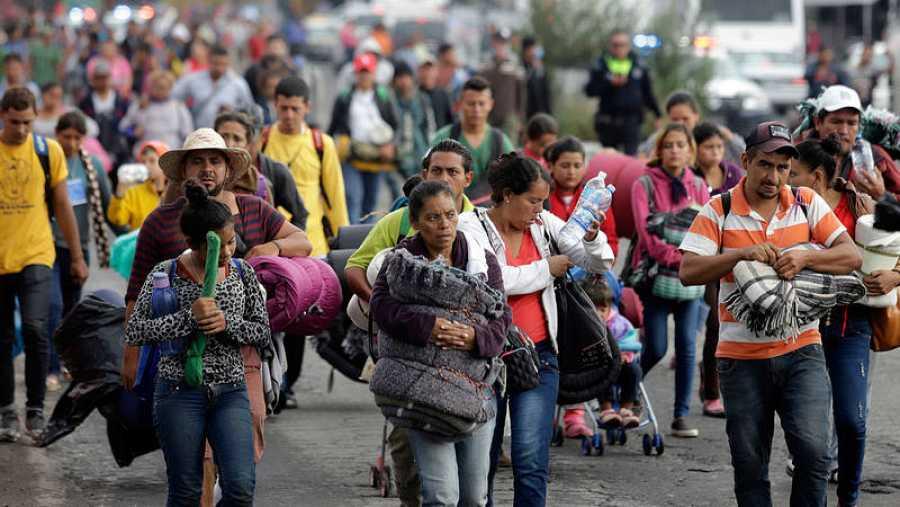 Una de las caravanas de centroamericanos a su paso por México camino de Estados Unidos en 2018.