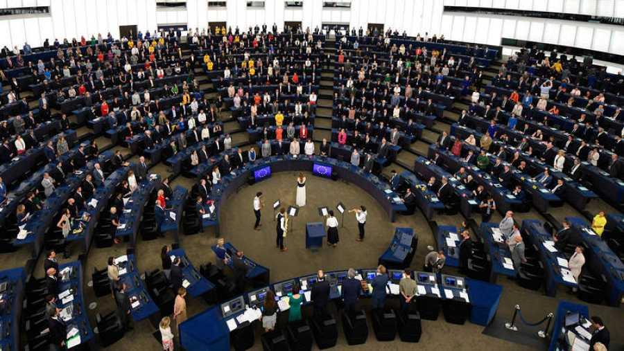Vista general de la primera sesión del recién compuesto Parlamento Europeo este martes en Estrasburgo, Francia.