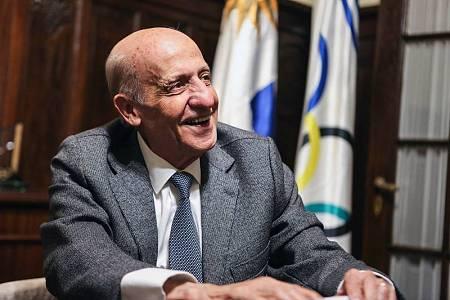 El presidente de la FINA, Julio Maglione