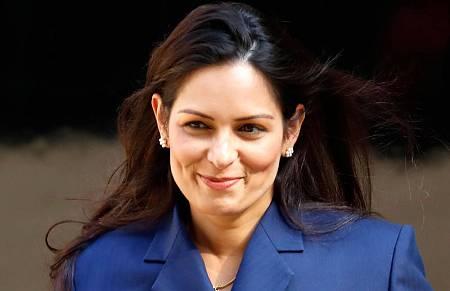 Priti Patel, ministra del Interior británica