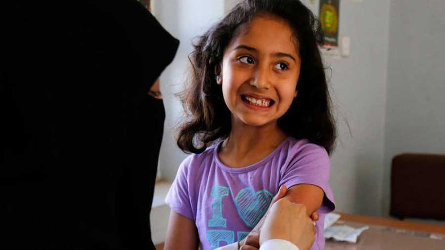 Alrededor de 20 millones de niños en 2018 no recibieron la vacunacontra el sarampión.