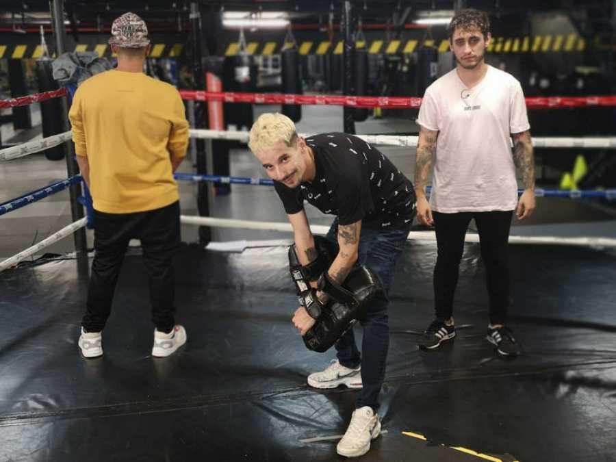 Playz graba 'Réplica: la nueva era del freestyle', con Skone