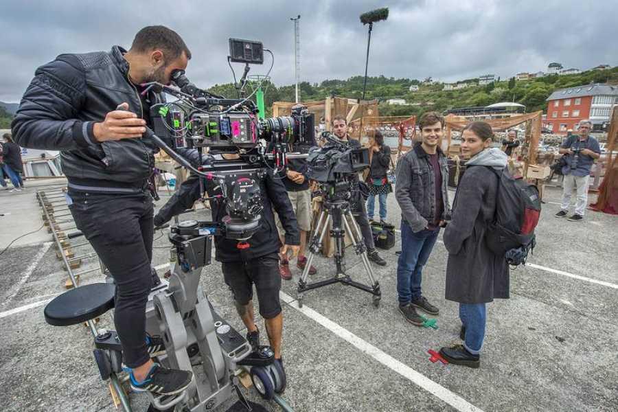 El equipo ha filmado planos aéreos de la costa gallega para recrear la isla de Néboa en FX