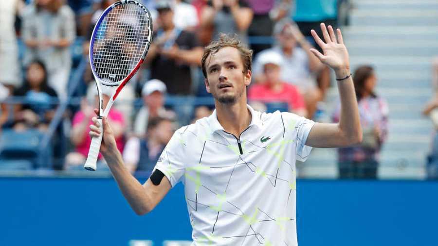 Medveded elimina a Wawrinka y accede a semifinales del US Open