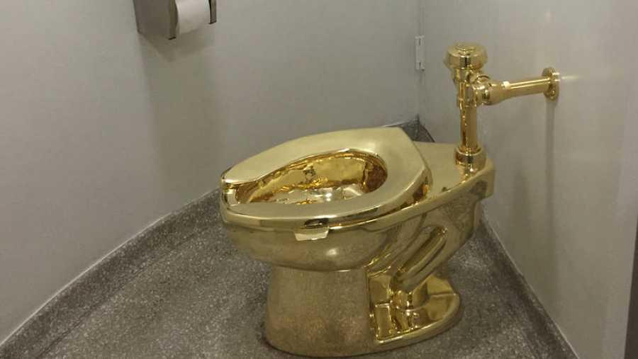 Imagen de archivo del váter de oro robado