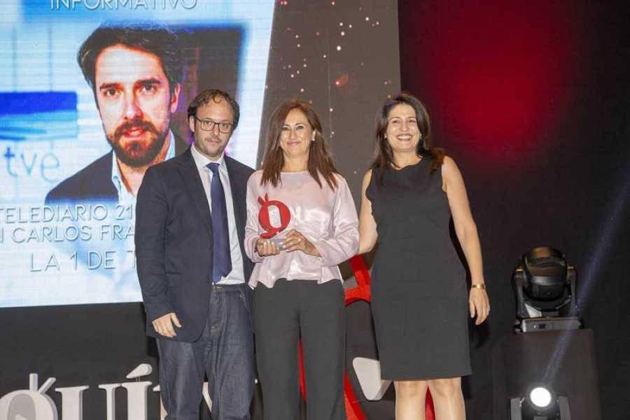Begoña Alegría, directora de Informativos de TVE, ha recogido el galardón otorgado al TD2
