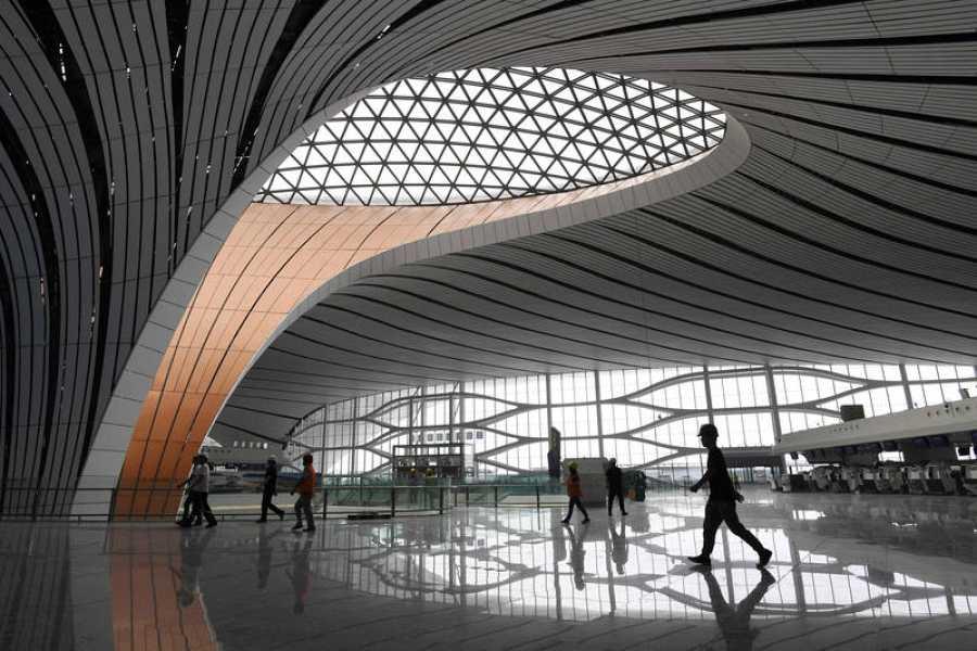 Un tragaluz del nuevo aeropuerto de Pekín