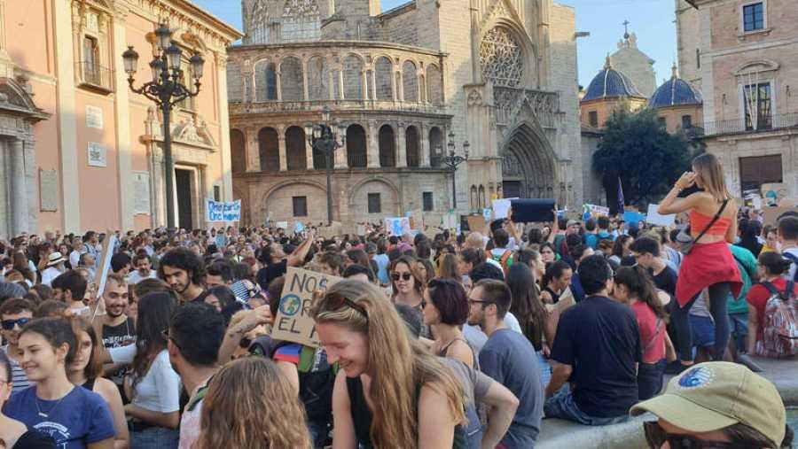 Manifestación por el clima en la ciudad de Valencia.