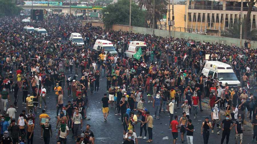 Manifestación en Bagdad, el 2 de octubre. AHMAD AL-RUBAYE / AFP