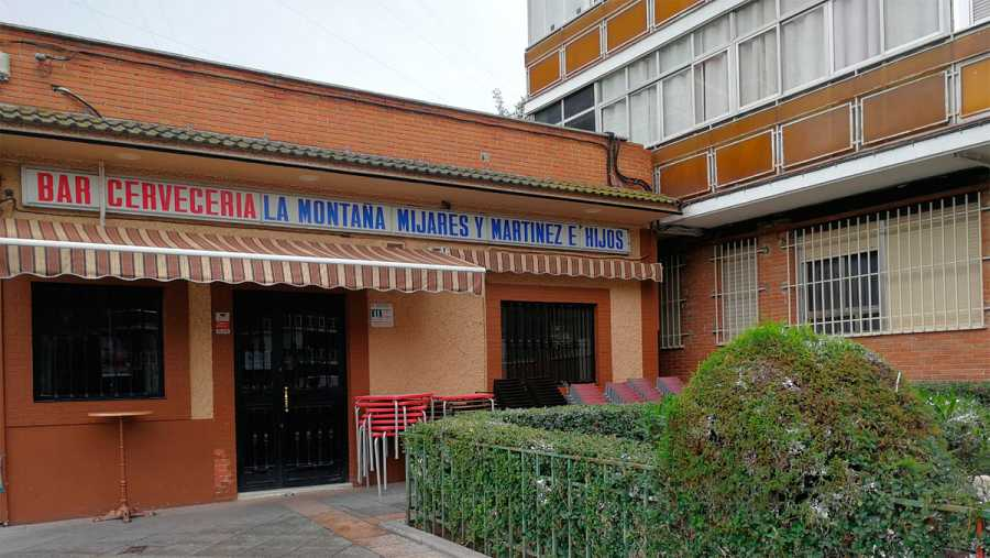 Bar en la calle Sevilla de Fuenlabrada