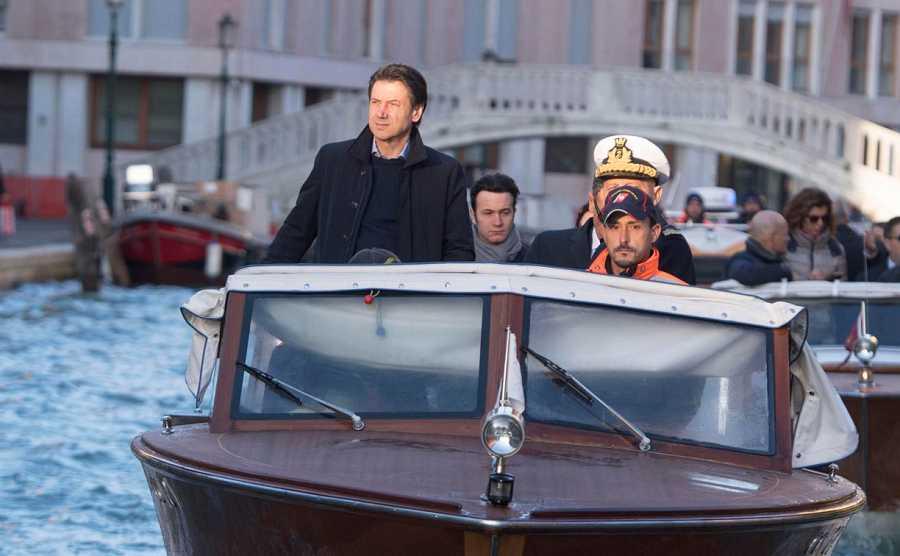 El presidente del Gobierno italiano, Giuseppe Conte, visita las inundaciones de Venecia