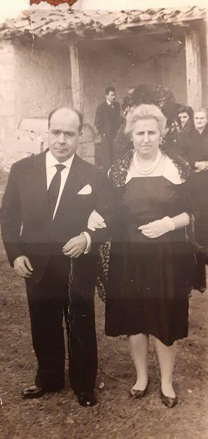 Manuel y Felisa, fieles al número 'cenizo' 45.657, en un día de fiesta