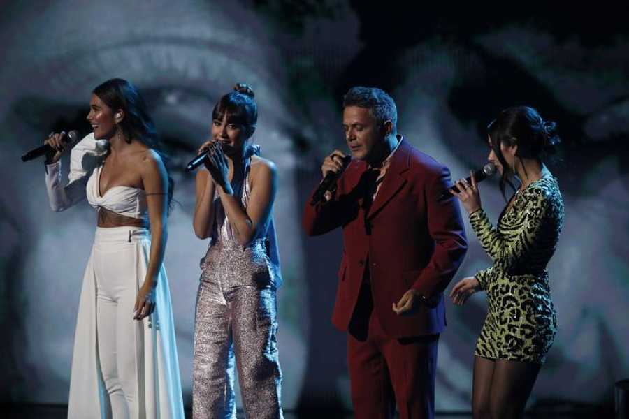 Nella, Aitana, Alejandro y Greeicy, sobre el escenario de los Latin Grammy
