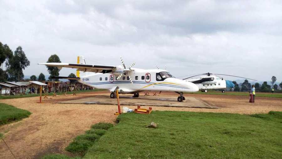 UnDornier 228-200 operado porBusy Bee en el aeropuerto Internacional de Goma