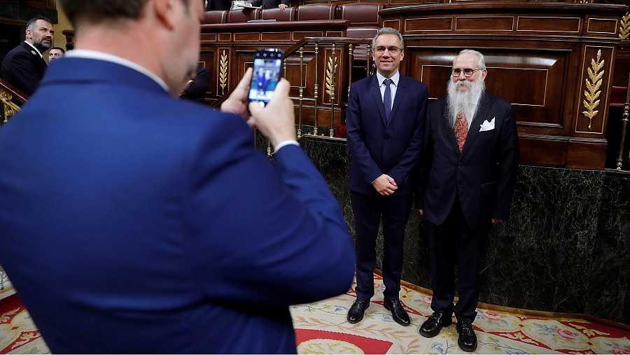 Los 'selfis' de Agustín Zamarrón antes del inicio de la sesión