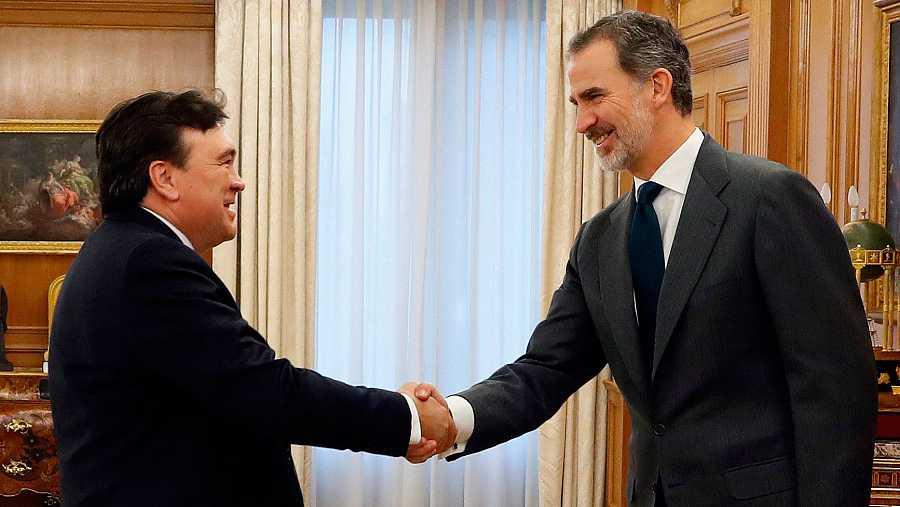 Felipe VI abre la ronda de consultas para designar al candidato a Moncloa