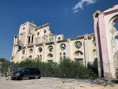 La Catedral de Nuestra Señora de la Asunción, en ruinas 10 años después