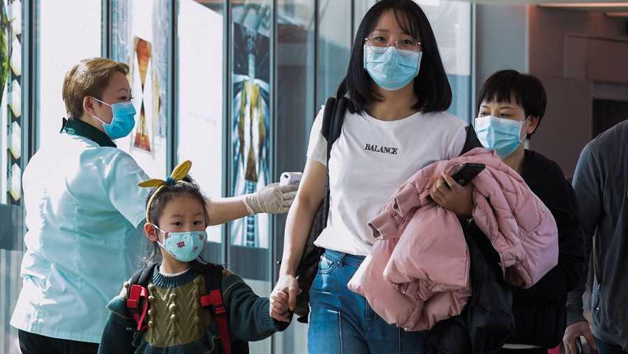 China aumenta las medidas contra el coronavirus en el aeropuerto de Singapur