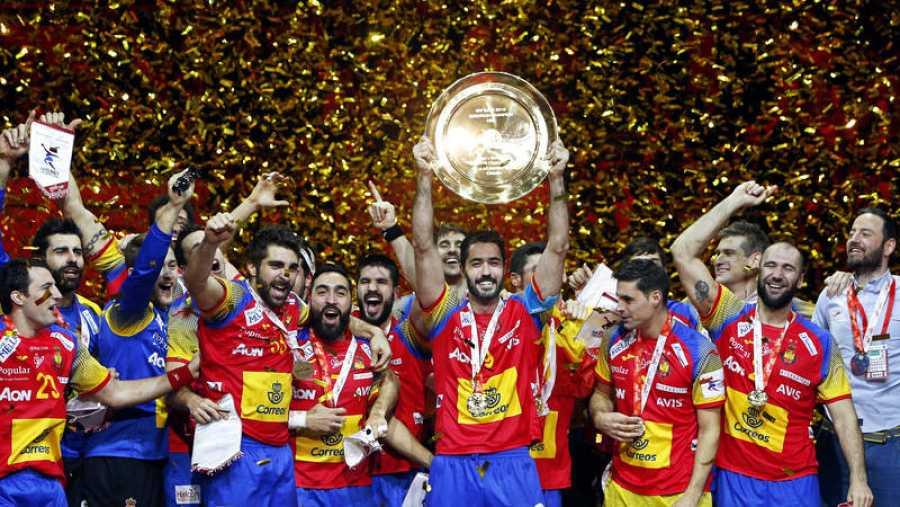 Los jugadores de España celebran el Campeonato de Europa de Croacia en 2018