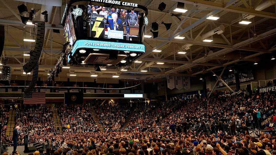Cierre de campaña de Bernie Sanders en Durham, en la Universidad de New Hampshire