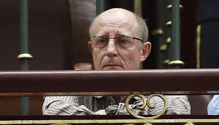 Ángel Hernández, marido de María José Carrasco, durante el pleno del Congreso sobre la eutanasia