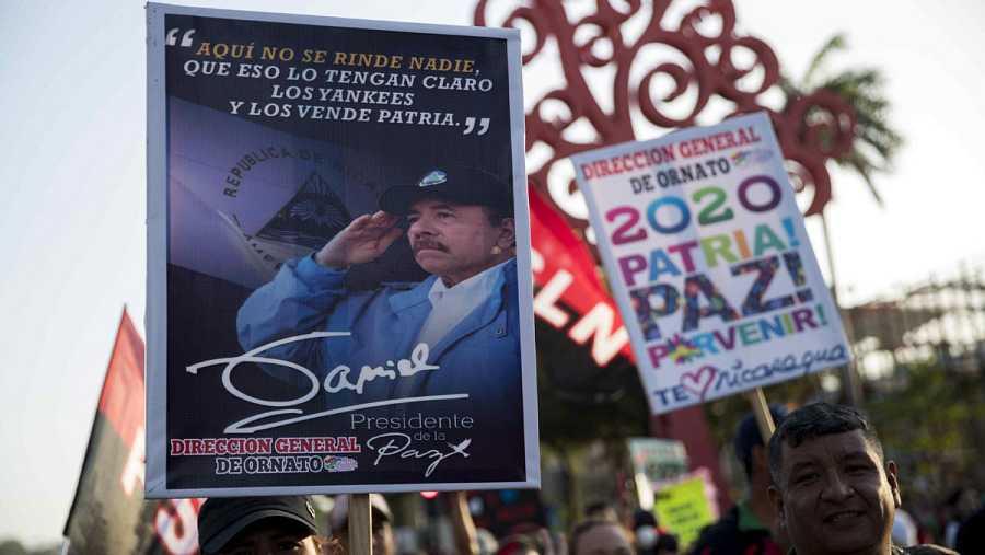 Sandinistas marchan en respaldo a Ortega y piden sea reelegido por quinta vez