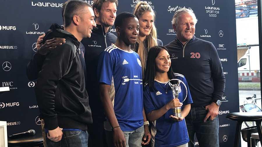 Andrew So, María Martínez y Mohamed Konaté recogen el Good for Sport