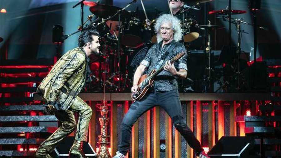 Queen + Adam Lambert en concierto