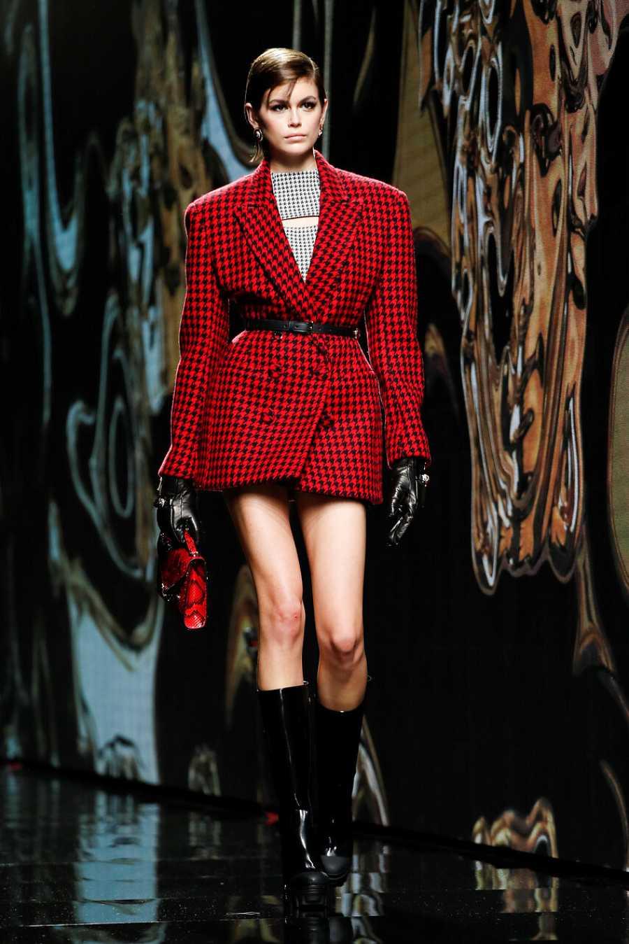 Kaia Gerber en Versace