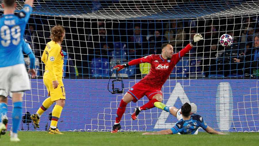 Griezmann anota el tanto del empate para el Barça frente al Nápoles