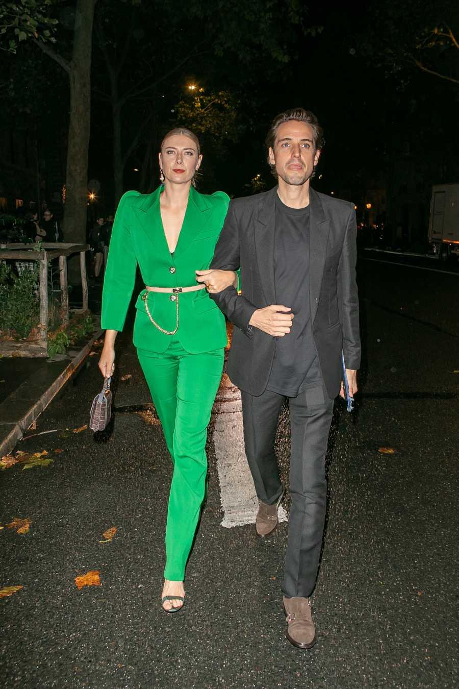 Maria Sharapova y Alexander Gilkes en la semana de la moda de París