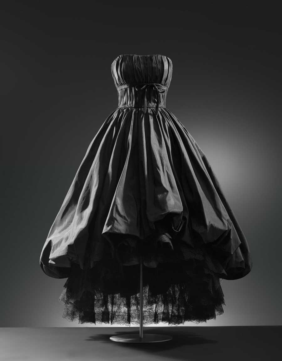Balenciaga, moda y patrimonio