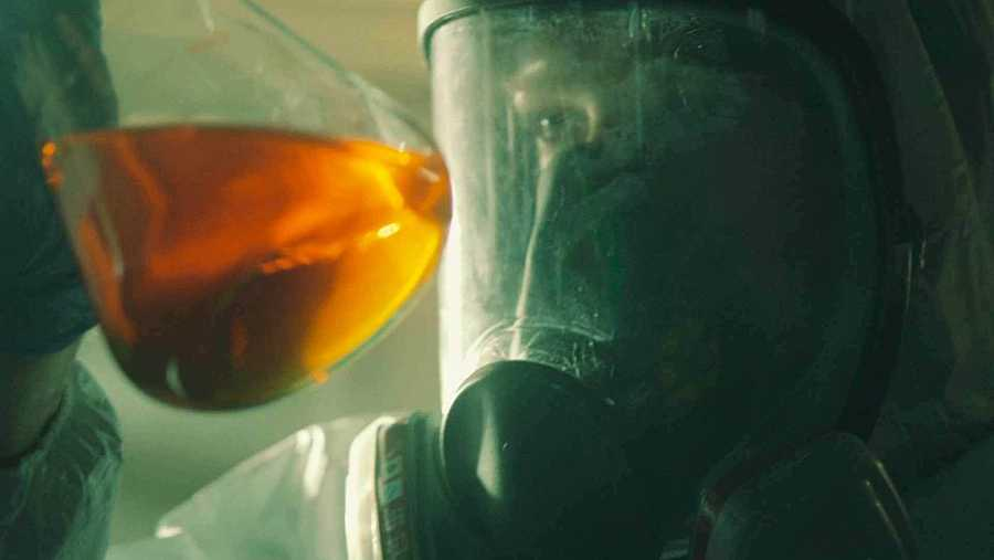 Un científico busca la cura al virus de Neverfilms