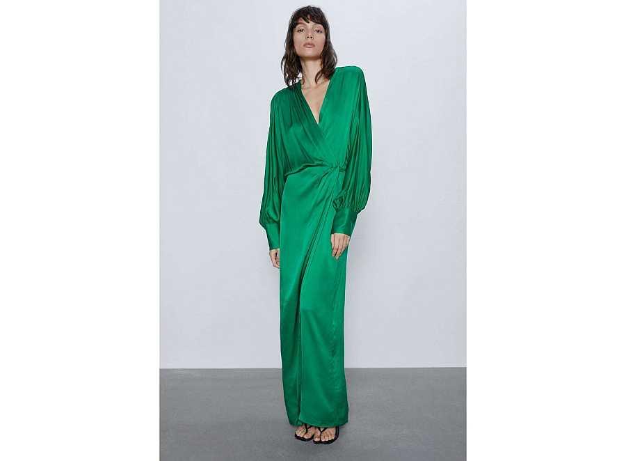 Vestido verde camisero de raso