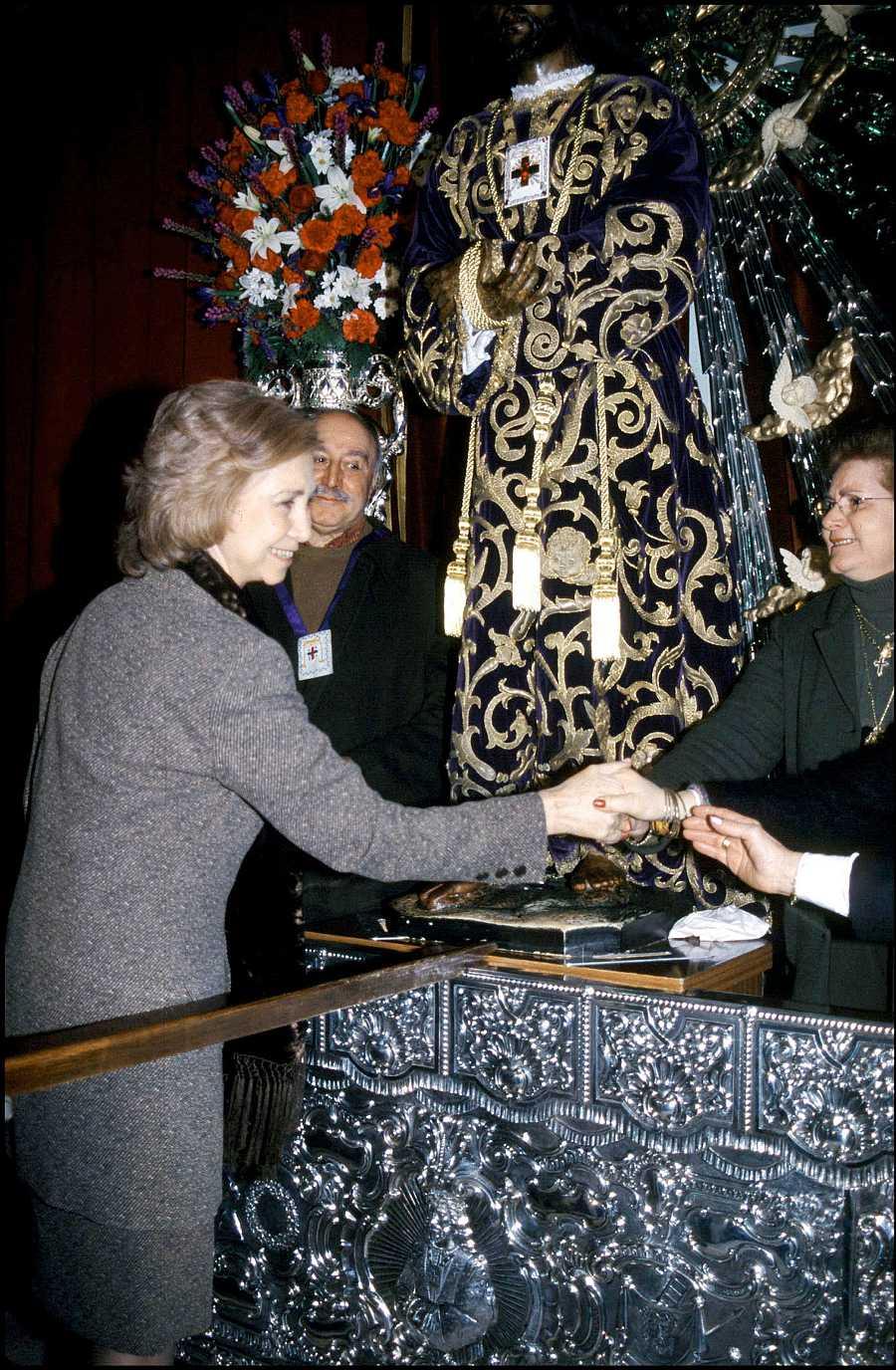 La Reina Sofía en el día grande del Cristo de Medinaceli del año 2001