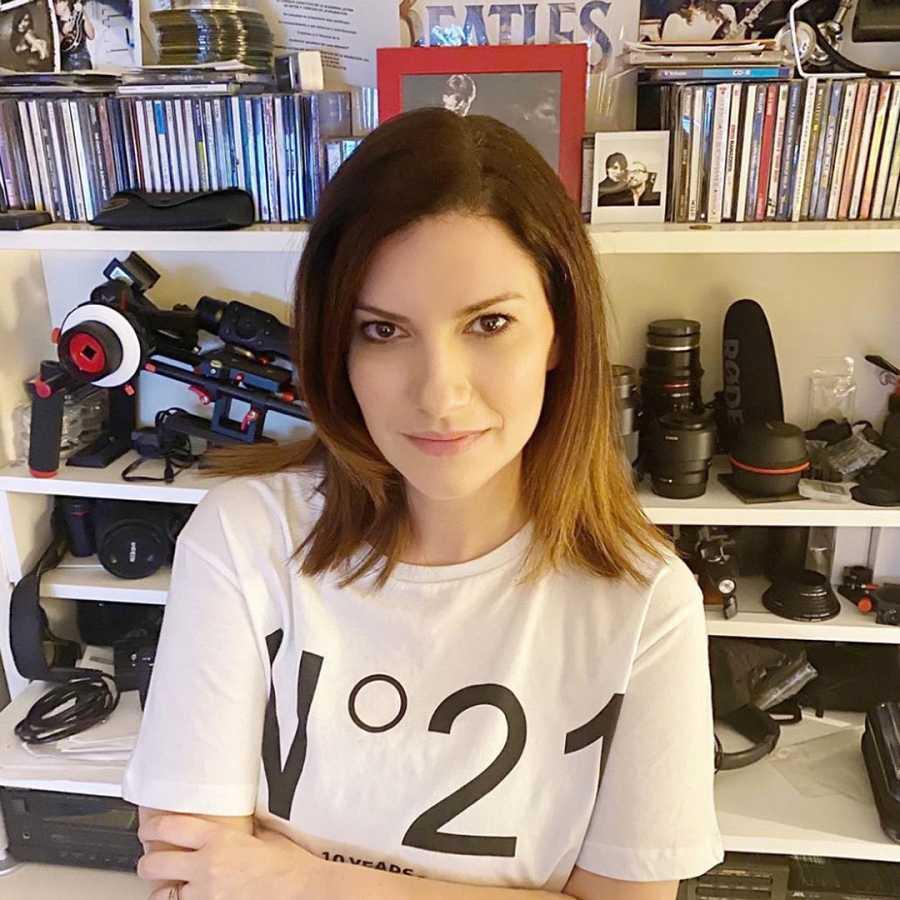 Laura Pausini se suma al #Iostoacasa y pretende que sus seguidores se queden en casa para frenar la expansión del coronavirus en Italia
