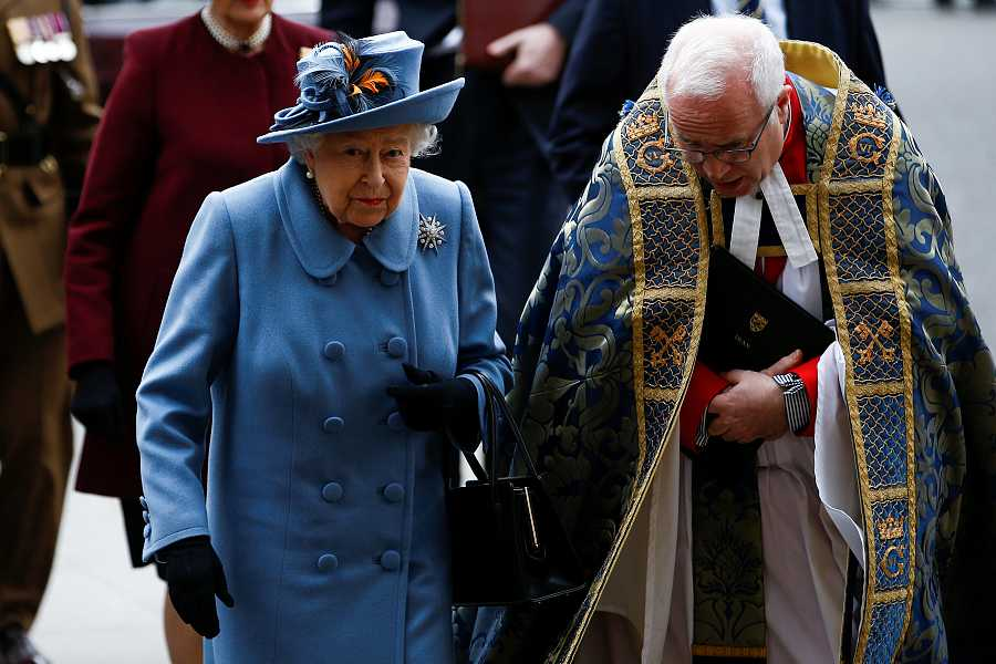 La reina Isabel II llega a la Abadía de Westminster