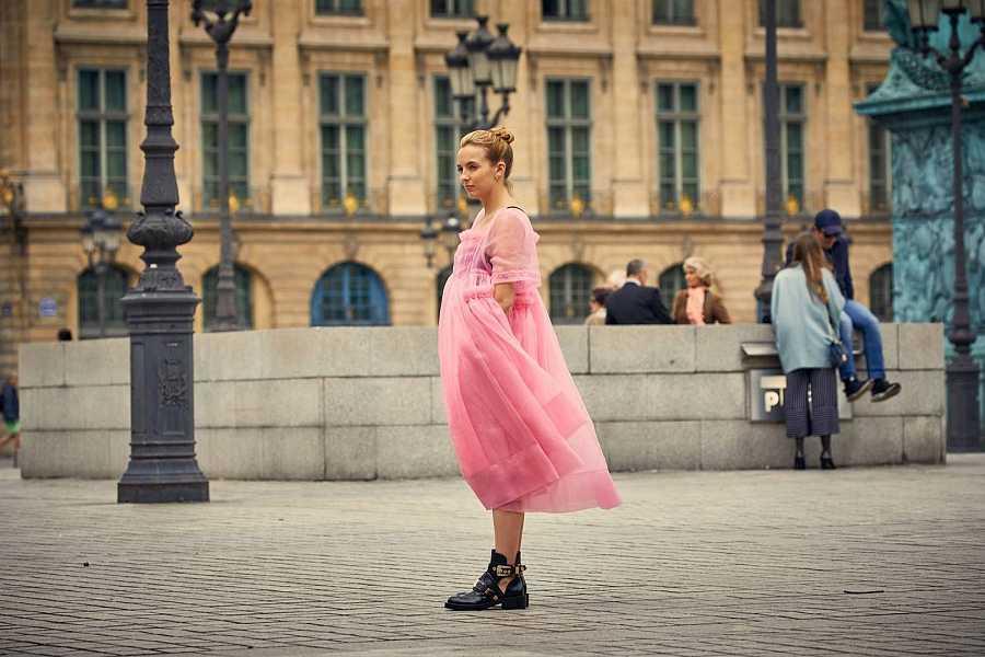 El vestido de tul rosa de Molly Goddard, el más emblemático de la serie