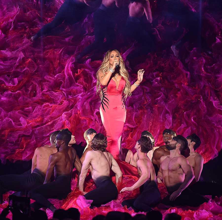 La cantante actuó en los premios anuales de la música americana en 2018