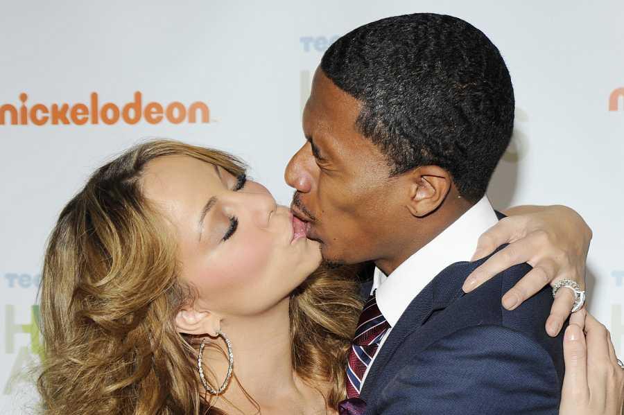 Mariah Carey y su exmarido Nick Cannon se besan frente a las cámaras