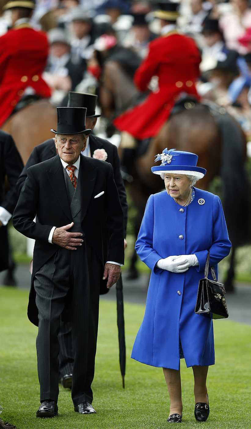 La reina y el duque de Edimburgo en Ascot, 2015.