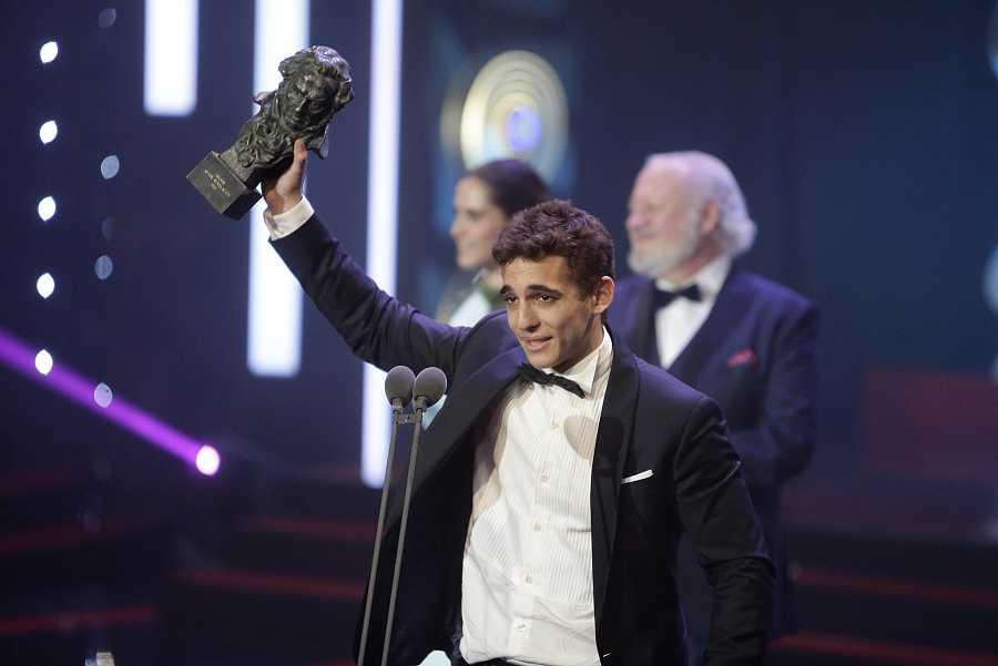 Miguel Herrán recoge el Goya a Mejor actor revelación el 6 de febrero de 2016