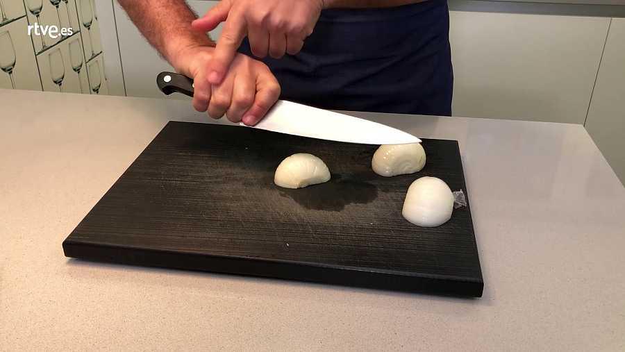 Sergio nos enseña a coger bien el cuchillo