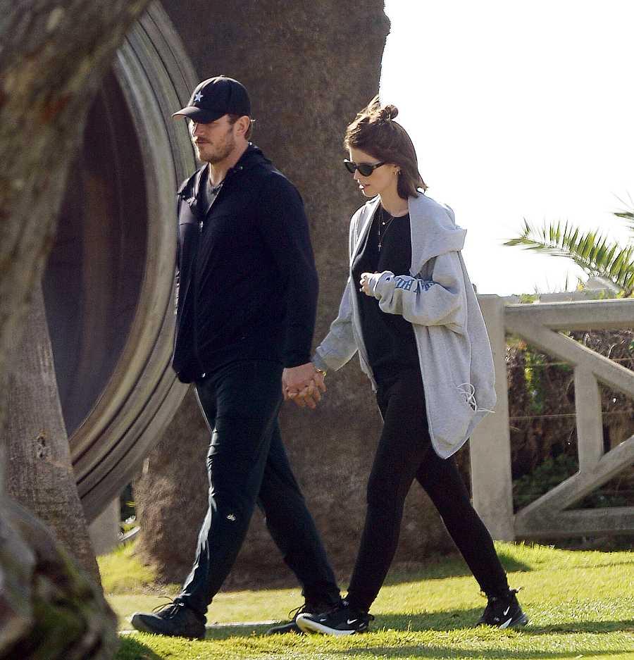 Katherine Schwarzeneggeren y Chris Pratt de paseo en un parque de Los Ángeles