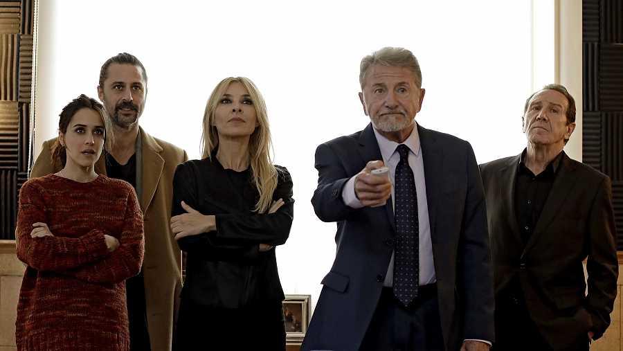Lola, Pacino, Irene, Salvador y Ernesto
