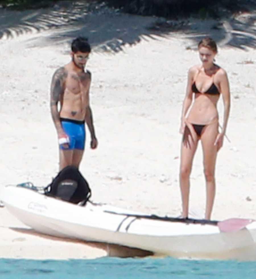 Zayn Malik y Gigi Hadid en una de sus primeras vacaciones como pareja en 2016. En las playas de Tahití