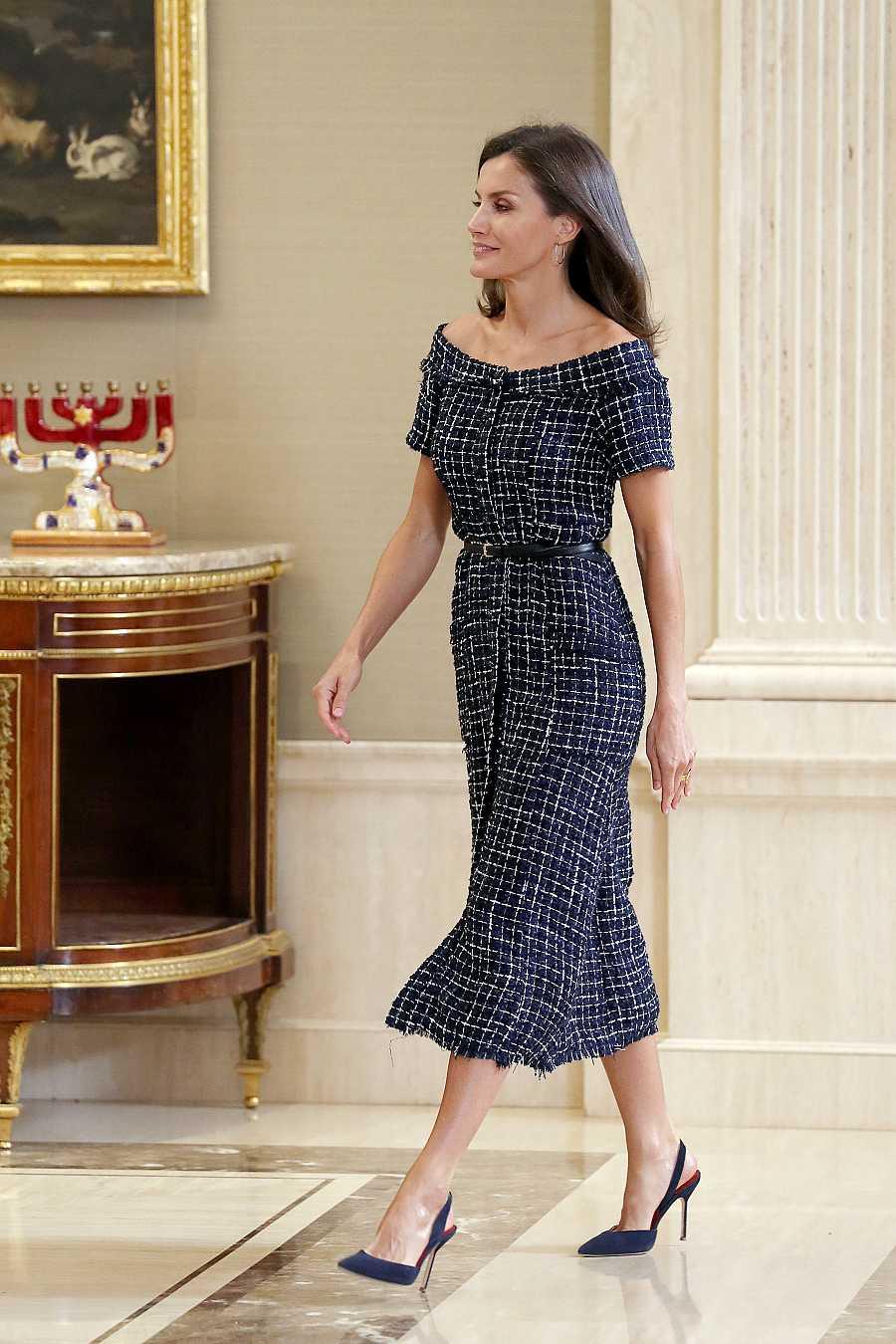 Letizia Ortiz con un vestido de veinte euros de Zara en el Palacio de la Zarzuela