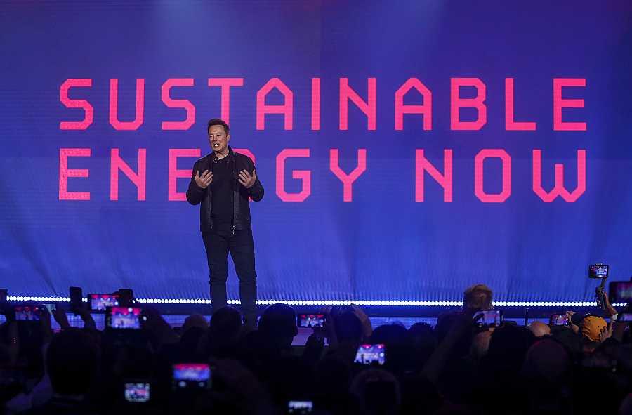 El CEO de Tesla, Elon Musk, en la presentación de su 'Cybertruck'