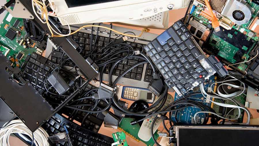 La futura ley quiere alargar la vida útil de los productos electrónicos y combatir la obsolescencia programada.
