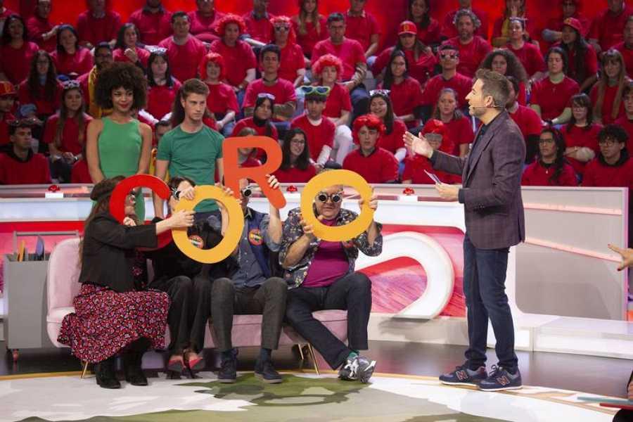 Florentino Fernández y su equipo en 'Typical Spanish'